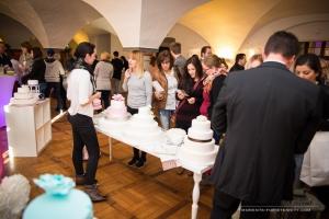 Stand mit Hochzeitstorten auf der Hochzeitsmesse Ja, ich will! im Schloss Wolfenbüttel