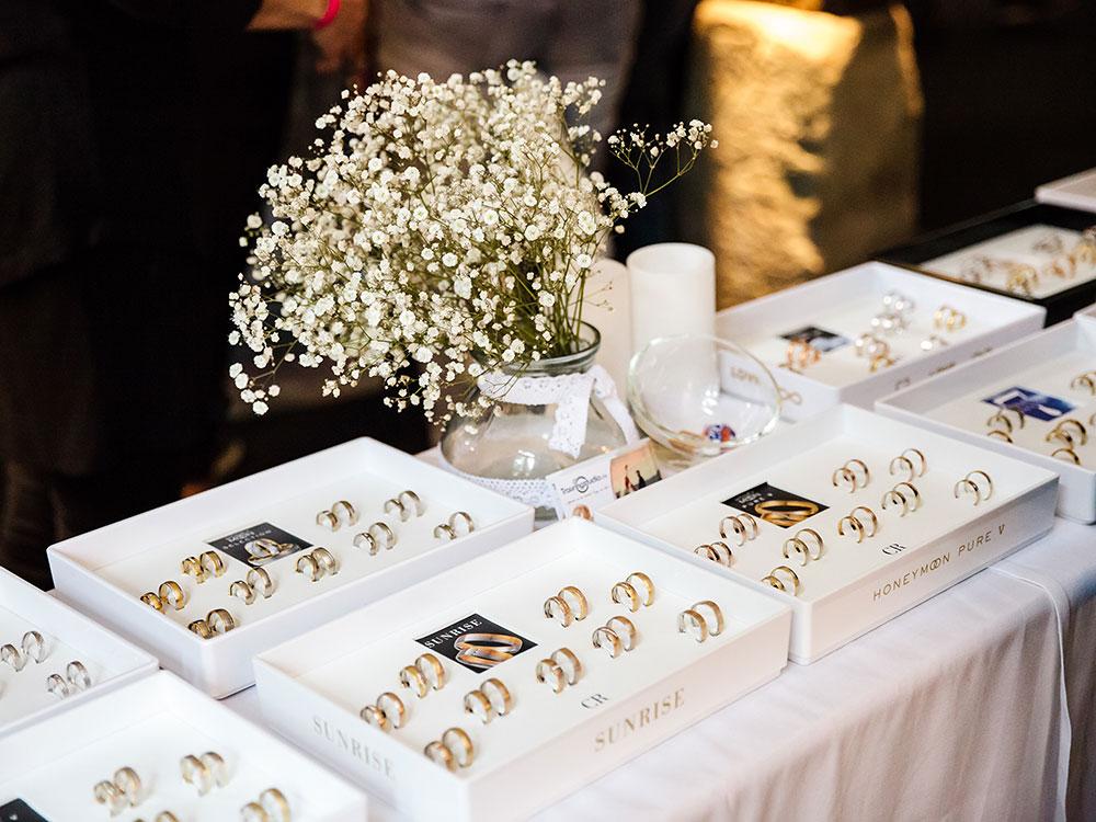 Foto Eheringe - ausgestellt auf Hochzeitsmesse auf Schloss Oelber