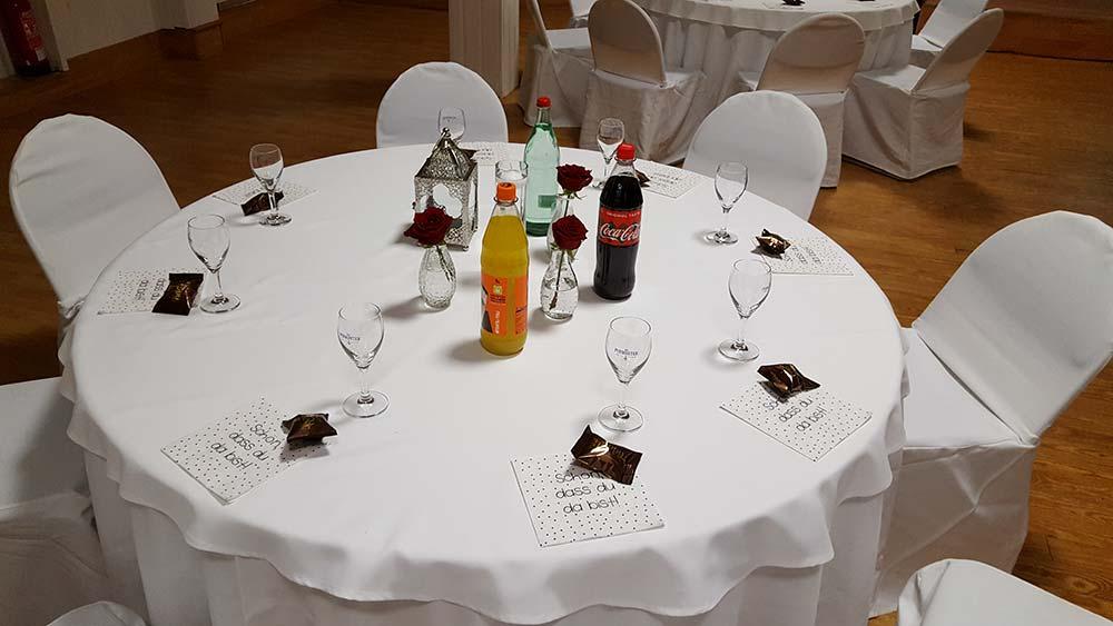 Foto gedeckter Tisch auf Netzwerktreffen für Hochzeitsdienstleister