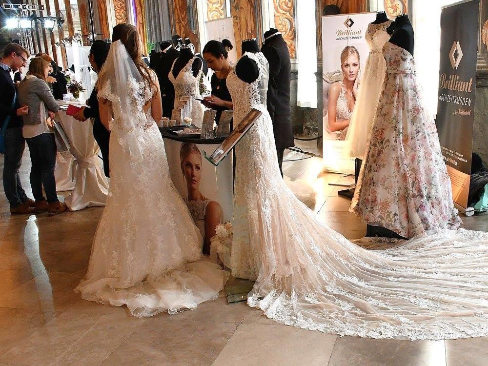Foto Brautmode ausgestellt auf Hochzeitsmesse Hannover