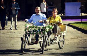 Foto Hochzeitsfahrrad unsere Hochzeitsmesse auf Schloss Oelber 2019